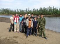 Ребята из этнического лагеря на Аяне