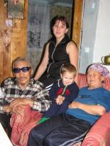 Три поколения:  Василий Иванович и Светлана Михайловна Андреевы с дочерью и внуком