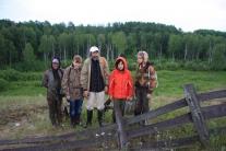 Участники экспедиции у Максимкина Яра