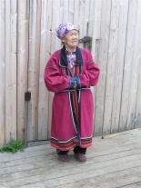 Летняя эвенкийская одежда. Вид спереди.