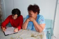 Заполнение социолингвистической анкеты (Лена Клячко и Светлана Дмитриевна Бондарева)