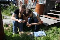 Хозяйственные работы (Женя Головко и Юля Сапач)