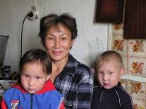 Евгения Владимировна Курматова с сыном и дочерью