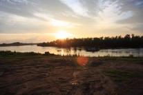 Закат на Кети. Вид с набережной