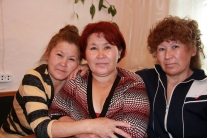 Сестры Ангалины – Наши хантыйские информанты Антонина Юрьевна, Тамара Юрьевна и Светлана Юрьевна