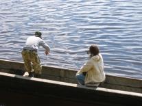 Рыбалка: мордушка опущена